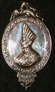 Medalla que exhibían los Gormogones
